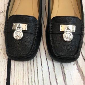 Michael Kors Shoes - Michael Kors Black Leather Flats Sz 6